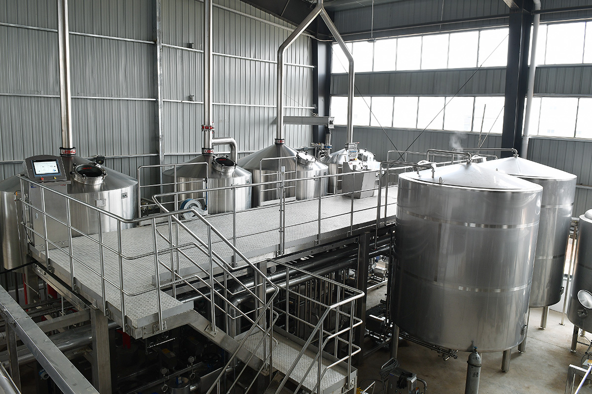 4-vessel-brewhouse-panda